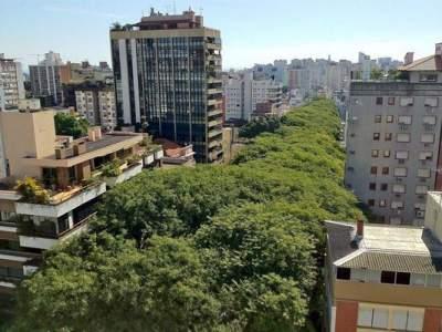 Звание самой красивой улицы мира носит Руа Гонсалу де Карвальо