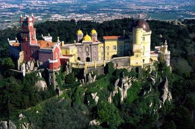 Один из самых красивейших замков Европы – дворец Пена
